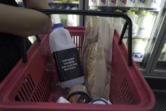 Nationals MP threatens supermarkets, demanding fairer milk prices