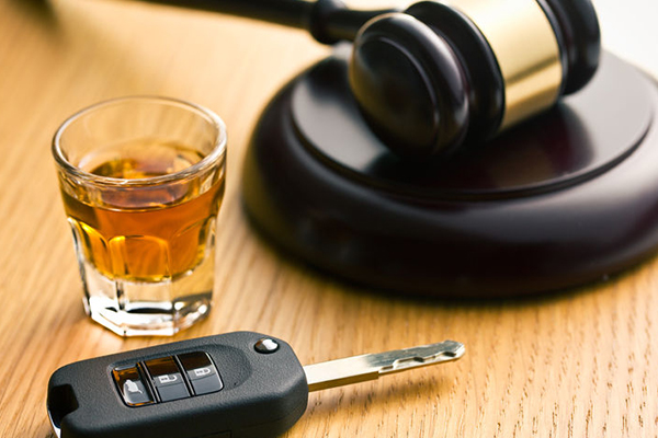 Article image for On-the-spot fines for drink driving won't change behaviour, expert says