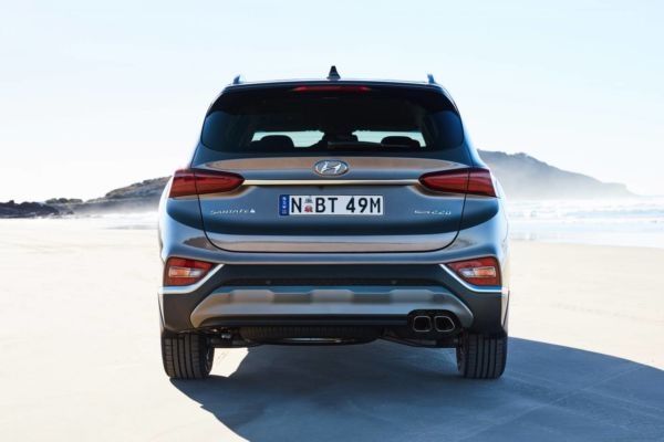 Hyundai's new Santa Fe SUV - 4