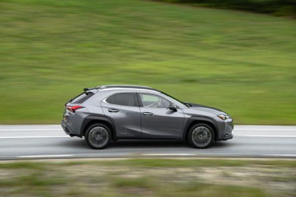 Lexus UX crossover - 4