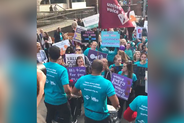 Article image for Childcare workers launch nation-wide strike to push for more pay