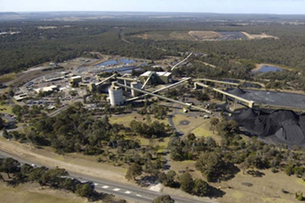 Two men freed after seven hours trapped in a mine south of Sydney