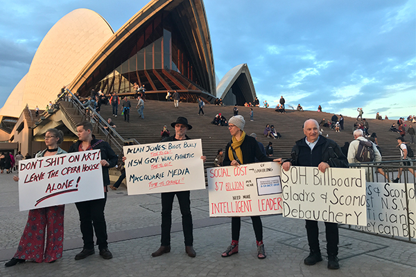 Article image for Police ramp up security for Opera House light show as protesters gather