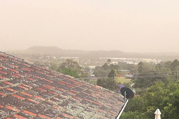 Article image for Dust storm descends on Sydney