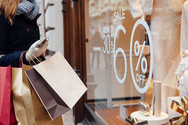 Article image for Aussie shoppers expected to spend $51 billion this festive season
