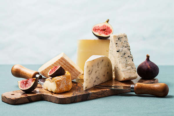 Your guide to the ultimate summer cheeseboard