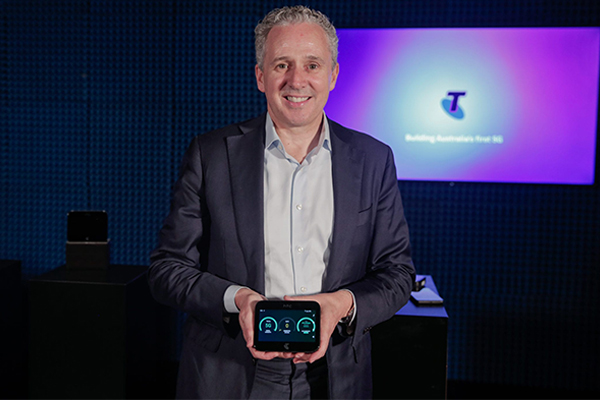 Telstra unveils first look at 5G network, 160-times faster than NBN