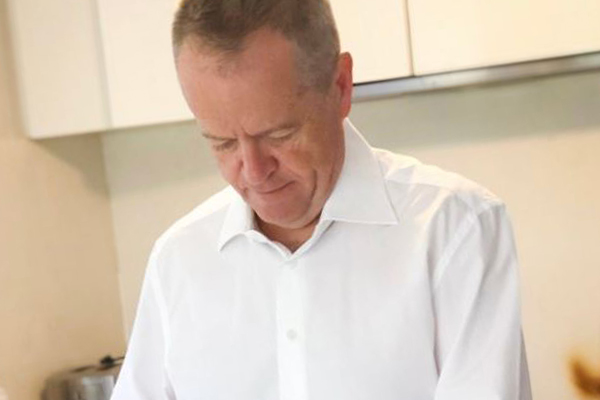 Article image for Bill Shorten is getting roasted for his back-to-school lunch post