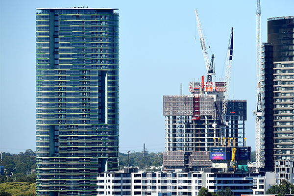 Opal Tower residents consider launching class action over structure debacle