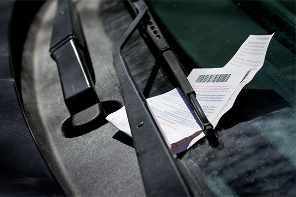 Article image for Grace periods introduced for parking tickets, but only in some Sydney councils