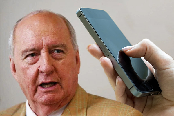 Article image for Alan Jones' everyday issue saw 'the openline go into meltdown'