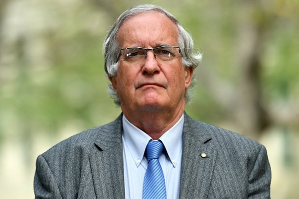 Doctor claims boat people on Nauru are worse off than Holocaust victims