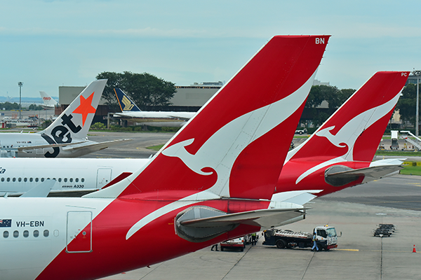 Article image for Qantas plans non-stop flights to London and New York