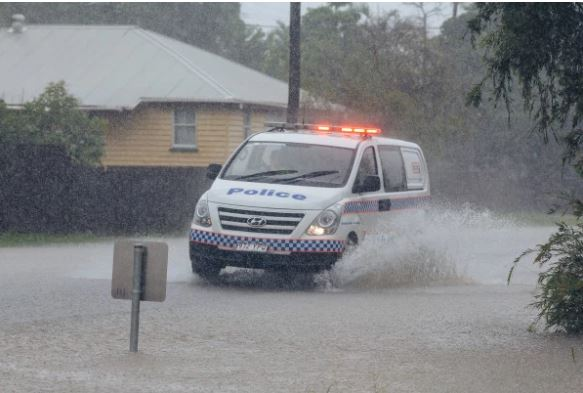 Townsville flooding expected to worsen