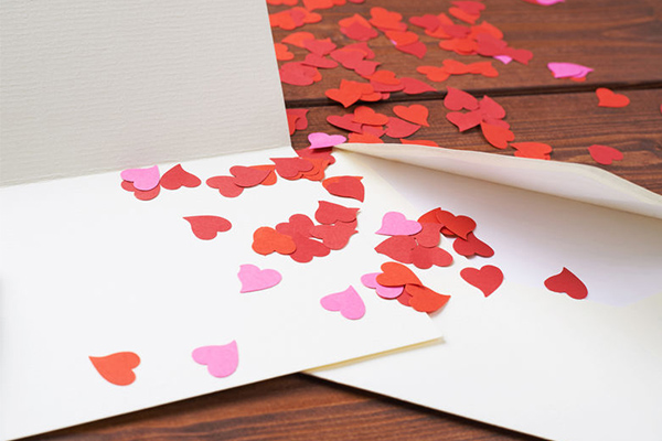 Article image for Political correctness strikes again, students advised NOT to write Valentine's Day cards