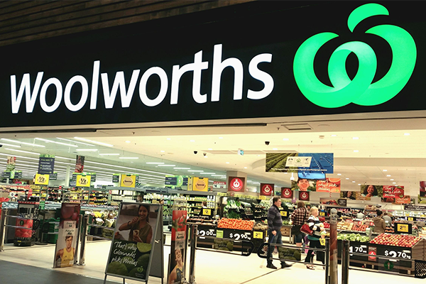 Article image for Woolies dodges Ray Hadley as Union goes to Fair Work Commission