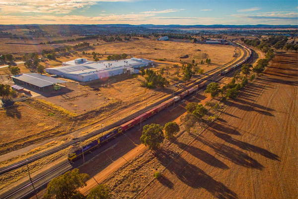 Major concerns as government forges ahead with $10b inland railway