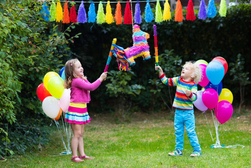 School bans kids from handing out birthday invitations