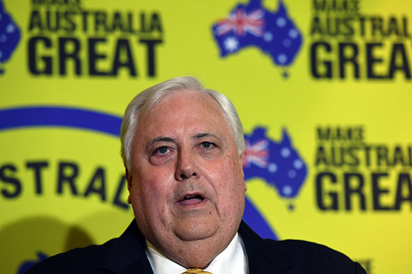 Clive Palmer announces preference deal with the Coalition