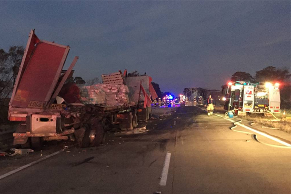 Article image for Truck driver dies in fiery Hume Highway crash