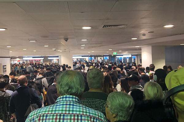Article image for System outage causes huge delays at Australian airports