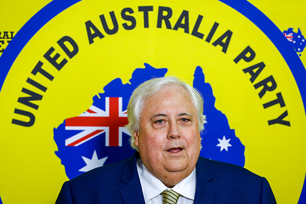 Clive Palmer expected to announce Coalition preference deal
