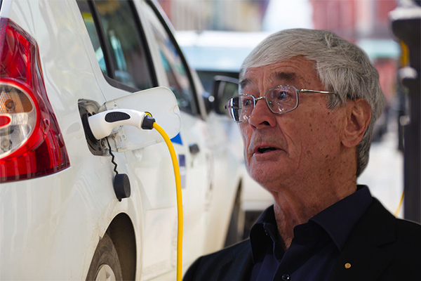 Article image for 'Tokenism': Dick Smith slams Labor's electric car proposal