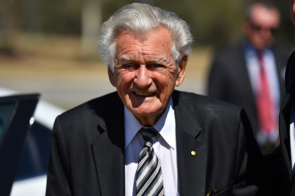 Article image for Former Prime Minister Bob Hawke dies, aged 89