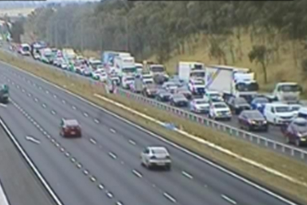 Article image for Car driving on wrong side causes crash on M4