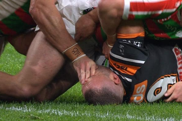 Article image for 'Disturbing in the extreme': Experts condemn abhorrent act in last night's NRL