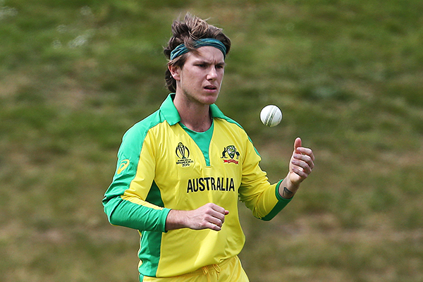 Article image for WATCH   Australian cricket team accused of ball-tampering