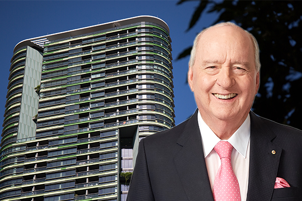 Alan Jones calls on Premier to help compensate Opal Tower residents