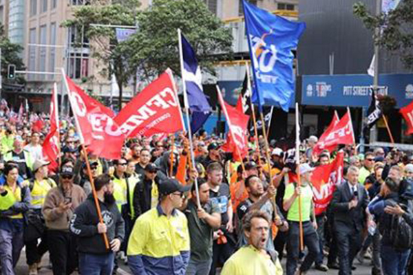 Article image for 'Astonishingly unlawful': CFMMEU in the firing line of union-busting bill