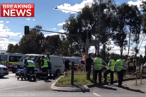 2GB listener witnesses dramatic police chase that ended with guns drawn