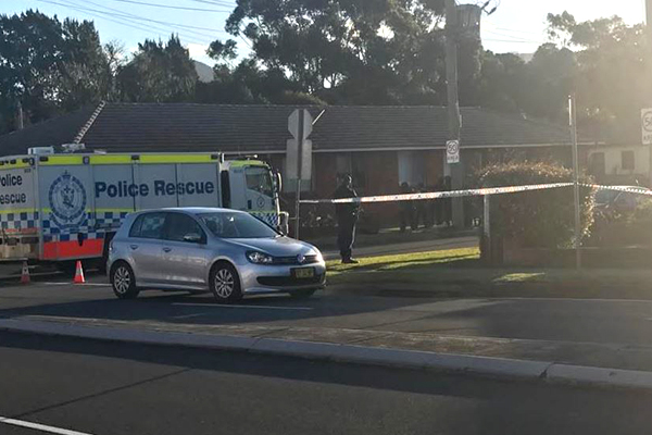 Article image for Heavily armed police close off Wollongong street