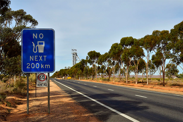 Aussies increasingly deserting regional towns