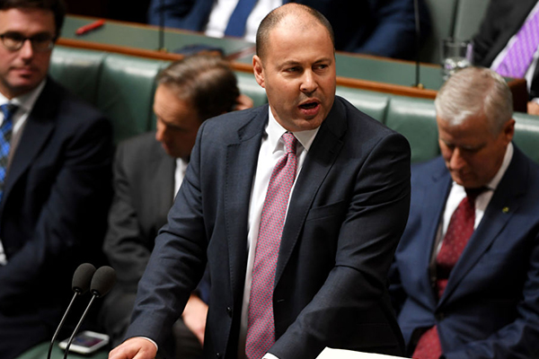 Government fast-tracks banking overhaul