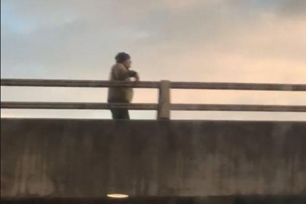 Ben Fordham spots man walking along Anzac Bridge