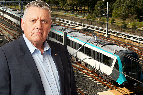 Article image for 'Get on the damn train yourself': Ray Hadley's message to the Minister after more Metro fails
