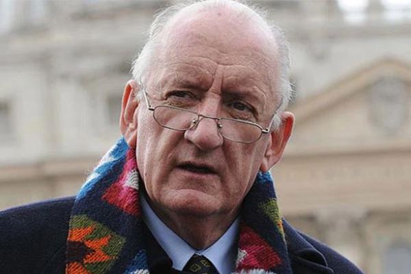 Former deputy prime minister Tim Fischer dies, aged 73
