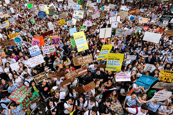 Article image for 'No single original thought': Students striking for climate change yet again