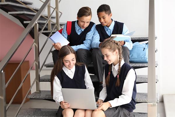 Loophole giving predators access to NSW school kids