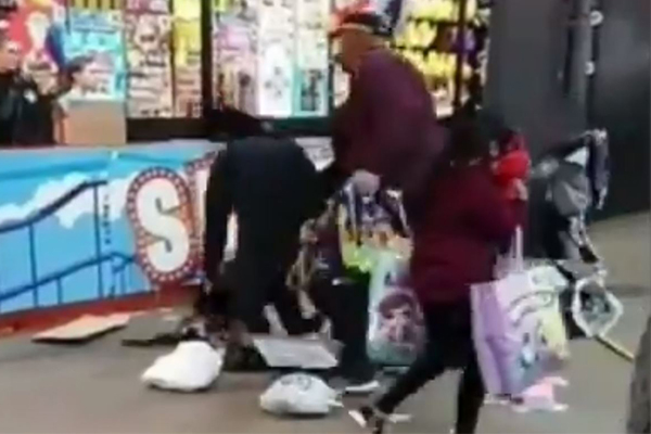 Article image for Children caught up in violent brawl at showbag stand