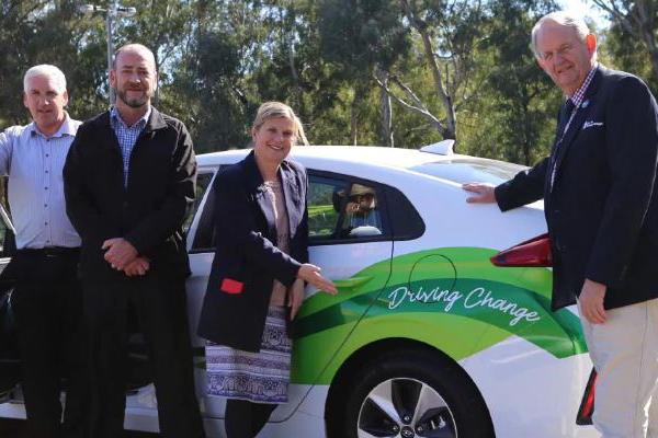 Article image for Country mayor slammed for 'virtue signalling' electric car purchase