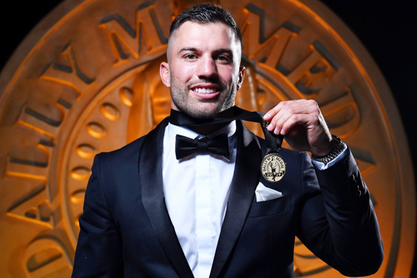 James Tedesco wins Dally M in dramatic count