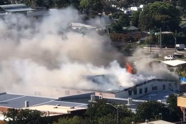 Man dies in shopping centre fire