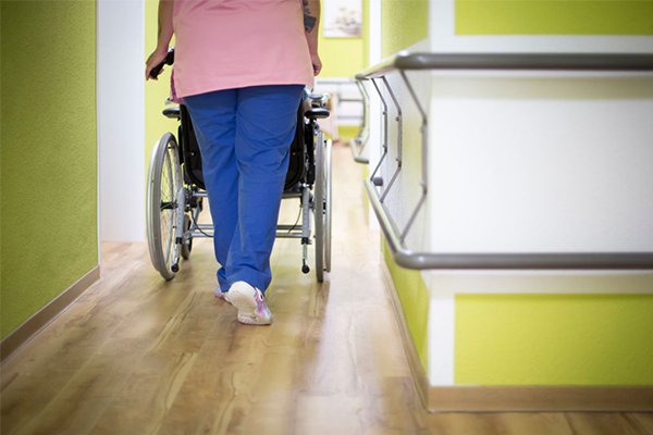 Scathing interim report finds 'widespread' neglect in aged care system