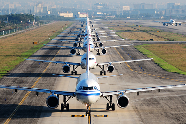 Article image for Airlines lose out in battle with airports