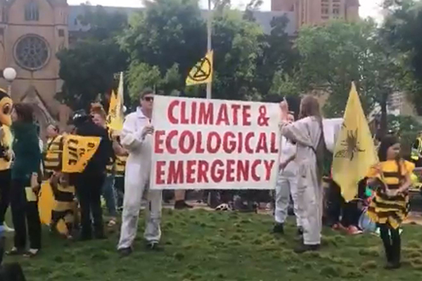 Extinction Rebellion's latest 'un-Australian' protest targeting politicians