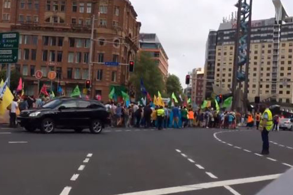 Article image for More than 30 arrested as climate protesters cause chaos across the country